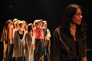MARA TRUTH, un latido escénico. Dirección de Consuelo Trujillo. Dramaturgia de Laura Freijo, Karel Mena, Nathalia Paolini y Teresa Urroz.