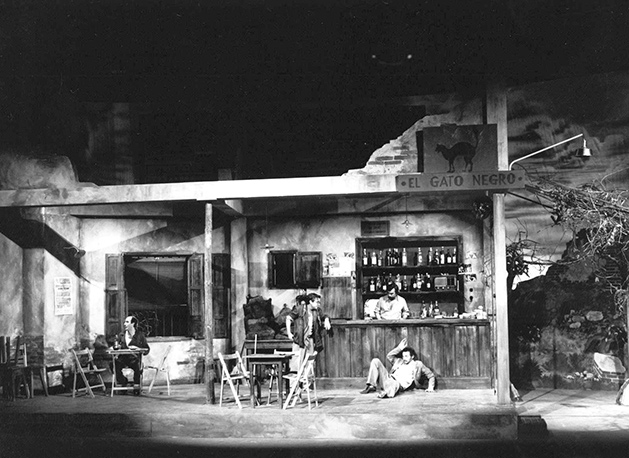 La taberna fantástica, de Alfonso Sastre (Teatros del Círculo, Sala Fernando de Rojas, 1985). (Fuente: Archivo CDT).
