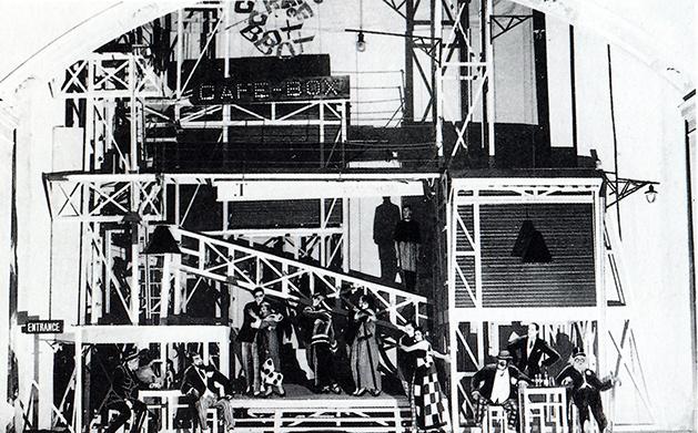 Aleksandr Vesnín, montaje para El hombre que fue jueves, 1923.