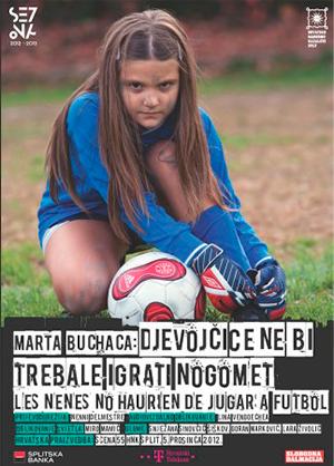 Las niñas no deberían jugar al fútbol, de Marta Buchaca. Teatro Nacional Croata en Split (Hrvatsko Narodno Kazaliste Split) 2012. Fuente: http://www.martabuchaca.com/es/las-ninas-no-deberian-jugar-a-futbol/