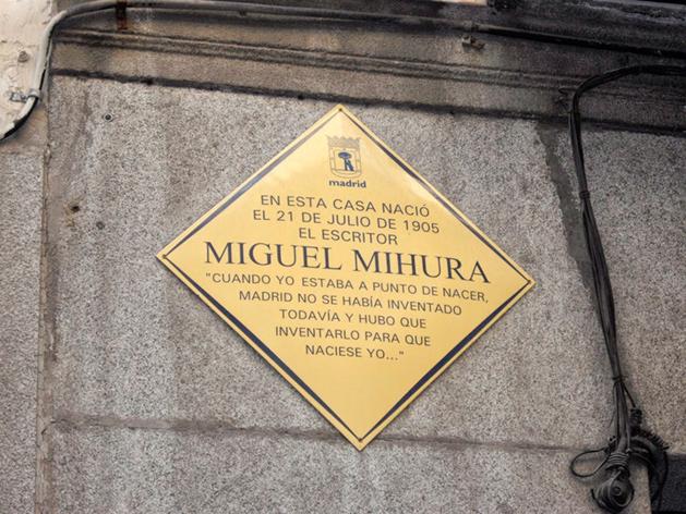 Placa en la calle Libertad, nº 5.