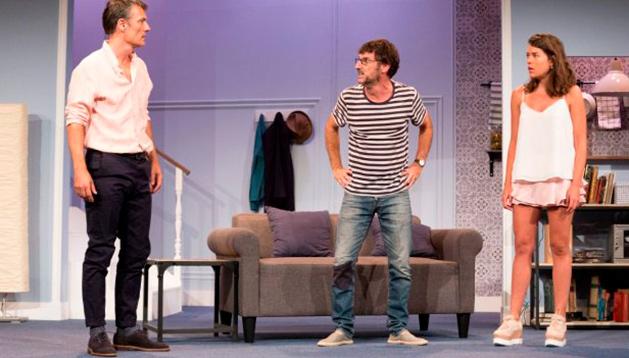 Pares y Nines, de José Luis Alonso de Santos.Dirección: Gerardo Malla. Teatro Talía de Valencia.