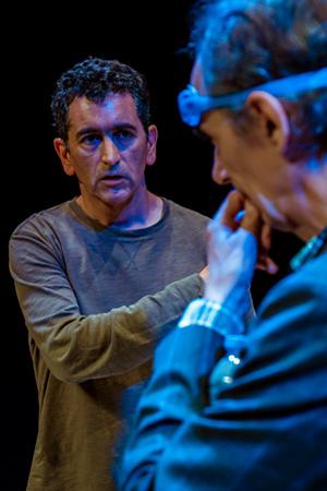 Ensayo deIntensamente azules. Juan Mayorga y César Saratxu. Foto: Sergio Parra.