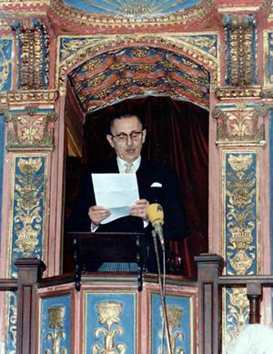 Buero Vallejo leyendo el discurso de aceptación del Premio Cervantes 1986. 1987.