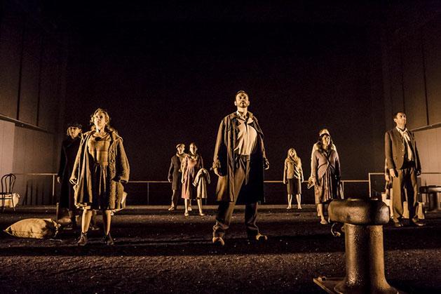 El laberinto mágico, de Max Aub, con dramaturgia de José Ramón Fernández. Centro Dramático Nacional, 2015.