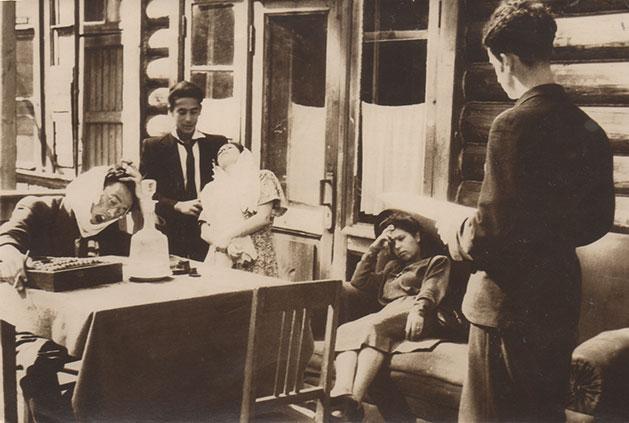 Ensayando el Vodevil de Chéjov. El aniversario, Bólshevo, 1948.
