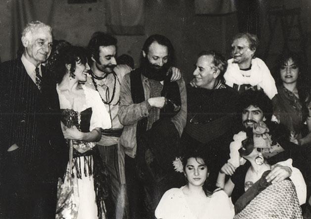 Ángel, Vasiliev, Nemisrovski y actores del Teatro de Cámara, Nuria en el Teatro Taganka, Moscú, 1989.