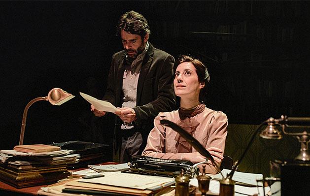 Firmado Lejárraga, de Vanessa Montfort (Texto) y Miguel Ángel Lamata (Dirección). Teatro Teatro Valle-Inclán, Centro Dramático Nacional, 2019.