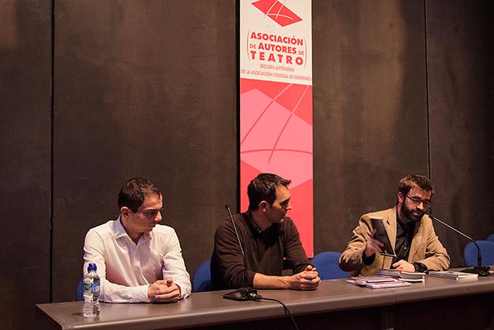 Alberto Conejero, Juan Carlos Rubio e Ignacio Pajón en la presentación las novedades de Ediciones Antígona (XIV Salón Internacional del Libro Teatral, 19-X-2013).