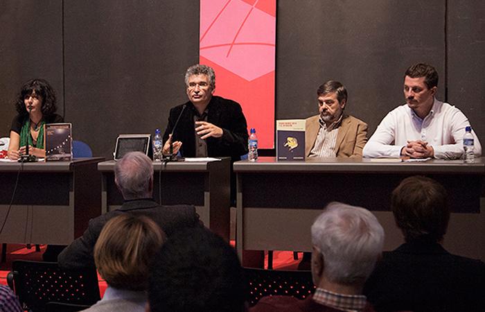 Yolanda Pallín, Rafael Ruiz, Enrique Gallud Jardiel y Pedro Víllora en la presentación de novedades de Fundamentos-RESAD (XIV Salón Internacional del Libro Teatral, 18-X-2013).